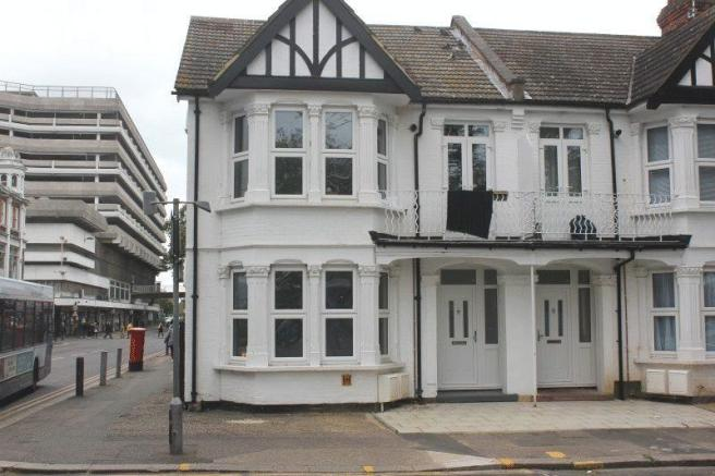 1 Bedroom Flat For Sale In Warrior Square North Southend On Sea Ss1