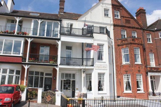 11 bedroom hotel for sale in royal terrace southend on for 1 royal terrace southend on sea