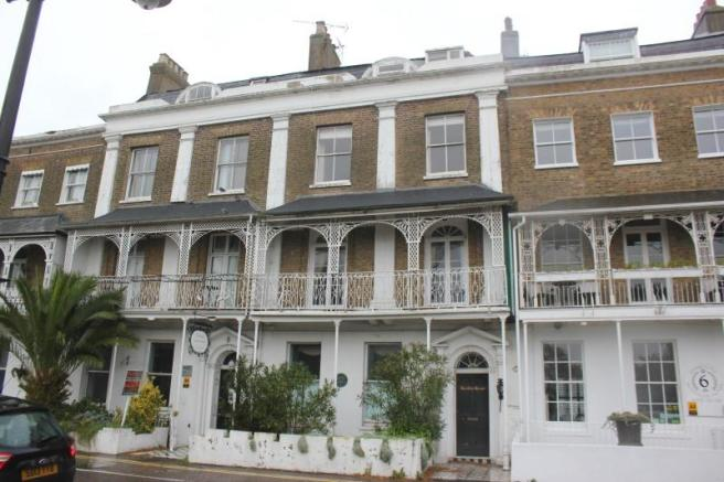 4 bedroom town house for sale in royal terrace southend for 1 royal terrace southend on sea