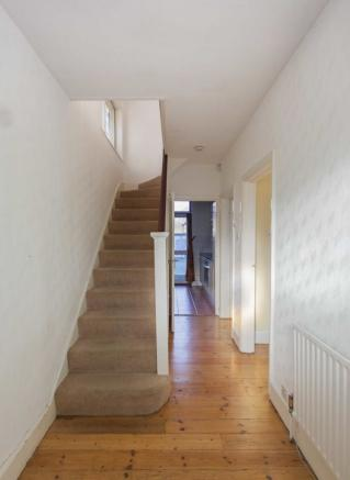 Glanville Road - Bromley - Entrance Hall - Oliver Field Associates