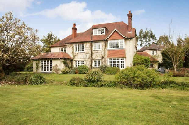 5 Bedroom Equestrian Facility For Sale In Passfield Liphook