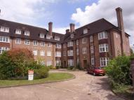 3 bed Flat for sale in Lawn Road, Guildford...