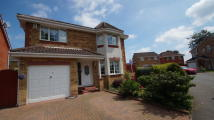 4 bed Detached property in Waverley Park...