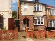 3 bedroom semi detached house to rent in COLIN ROAD, Luton
