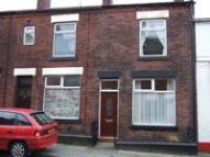 2 bed Terraced home in Holland Street...