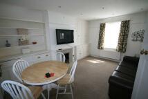 3 bed semi detached house in Noel Road, Ealing W3
