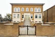 1 Auckland Hill Flat to rent