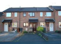 2 bedroom Town House in Eggesford Road...