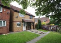 2 bedroom semi detached property to rent in Anstey Court, Oakwood...