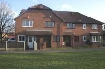 Town House to rent in Wayfaring Road, Oakwood...