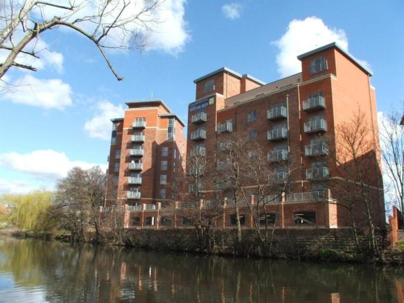 2 bedroom apartment to rent in riverside house stuart