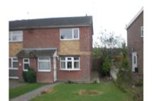 2 bed semi detached house to rent in Holyrood Rise, Bramley...