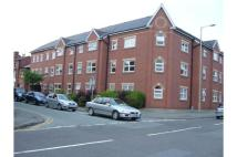 Flat to rent in Flat 15, Trinity Court...
