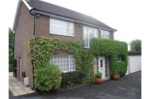 4 bed Detached property in 76 High Road...