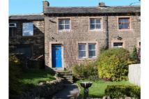 2 bed Cottage to rent in Hoults Lane, Greetland...