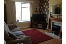 3 bedroom Flat to rent in Glanderston Drive...