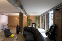 1 bed Flat in broadway market, hackney...