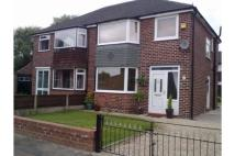 3 bedroom semi detached house to rent in Radford Drive, Irlam...