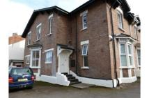 1 bed Ground Flat in Charlotte Street...