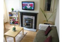 Terraced home to rent in 22 Norman Mount, Leeds...
