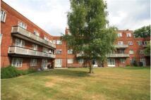 3 bedroom Apartment to rent in Ruislip, HA4