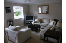 Flat to rent in Shortlands Grove...
