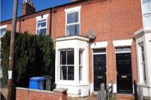 Terraced house to rent in Beaconsfield Road...