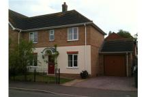 3 bedroom semi detached house to rent in Thomas Middlecott Drive...