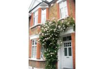 3 bed End of Terrace property to rent in Pendarves Road, London