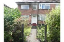 Ground Maisonette to rent in Cavendish Avenue, Ealing