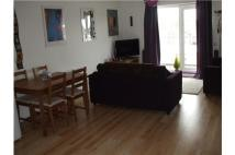 12 Flixton Road Flat to rent