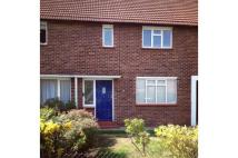 3 bedroom home in Beech Close, Hersham...