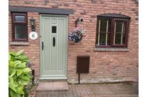 Terraced house to rent in 21 Great Oaty Gardens...