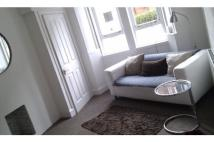 1 bed Flat to rent in Thornwood Avenue...