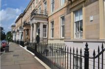 Flat to rent in Claremont Terrace...