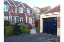 3 bed semi detached property in 128 Intrepid Close...