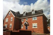 2 bed Penthouse to rent in 7 GARDEN COURT...
