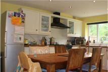 3 bed semi detached house to rent in COLLEGE CLOSE...