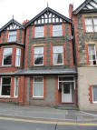 Flat to rent in Grenville House Conwy...