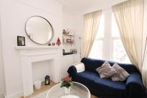 Flat to rent in Tradescant Road, London...