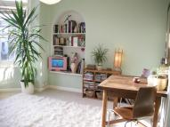 1 bed Flat to rent in Denman Road, London