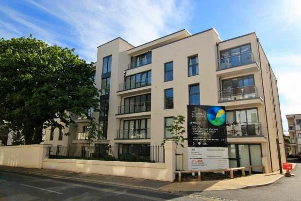 1 bedroom apartment to rent in flat 9 taaffe house dyke for Room to rent brighton