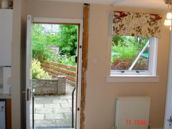 door to patio/gdn