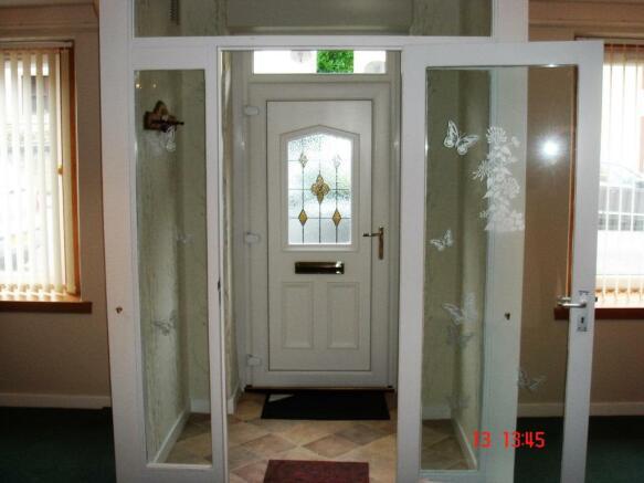 front door/vestibule
