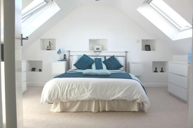 Bedroom 5 (1)