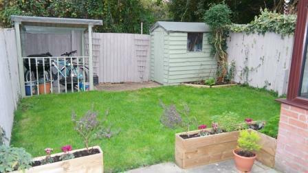 60 Mosse Gardens - garden.jpg
