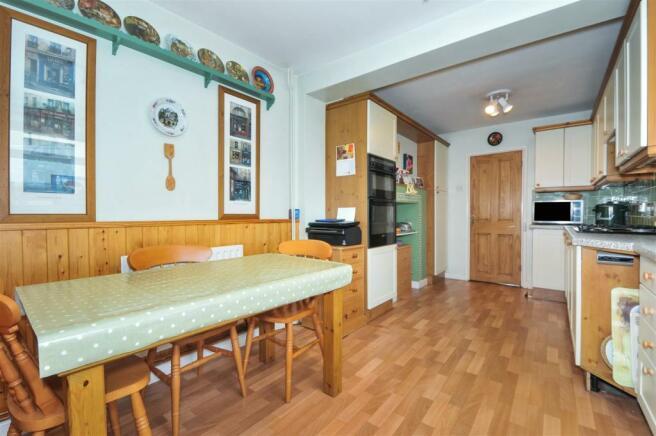 20 Penwarden Way - Breakfast Room.jpg
