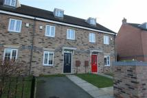 Terraced house to rent in Northfield Close...