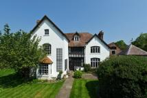 6 bed Detached house in Wepham, Arundel
