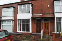 2 bedroom Terraced house to rent in Crosby Road